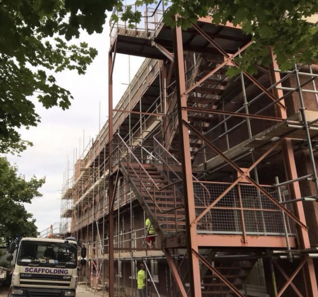 Access Scaffolding Taunton and Somerset - KNR Scaffolding